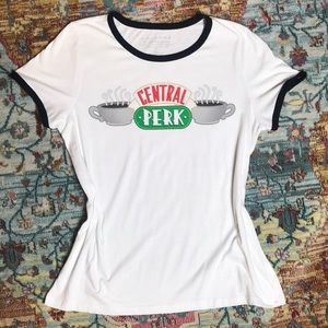 F•r•i•e•n•d•s | Central Perk Shirt Size XL